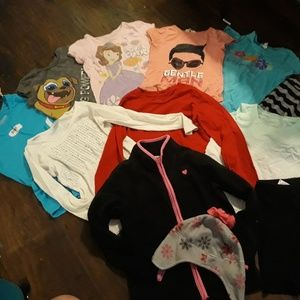 GIRL'S SIZE 6-7 TOP BUNDLE!!!